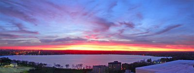 Minneapolis studio rental - Winter solstice sunset above Lake Calhoun