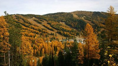 Autumn is beautiful on the Big Mountain.  The scenery is spectacular!