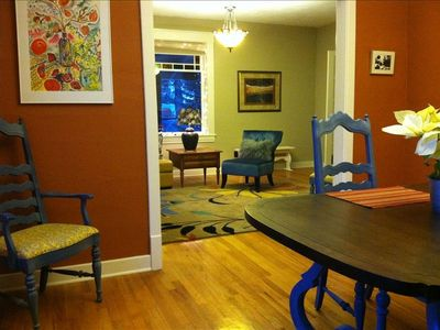 Cougar Bay house rental - Dining and living spaces