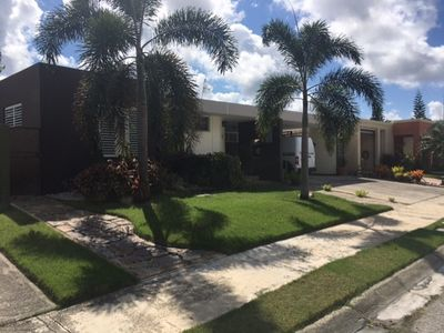 Comfortable Home in Closed Gate Community - Very Close to Beach!!!