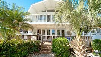 Pirates Nest - Pet Friendly Tropical Getaway - Sleeps 10 People!