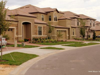 Moon Valley Dr in Champions Gate