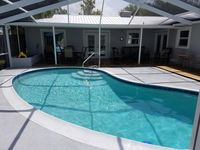 Scallop Dates Available , Beautiful 3/2 Waterfront Home With Screened Pool
