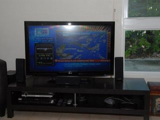 Grand Cayman condo photo - 42' LG HDTV & DVD player