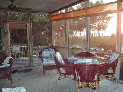 Huge Screened Porch