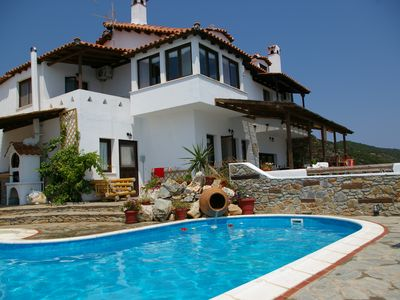 Luxurious villa with private pool and spectacular view in Skiathos Island