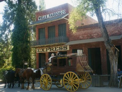 Columbia State Park stagecoach rides, old time photo's, candy kitchen.