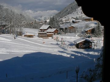 Small ski piste in front of the chalet