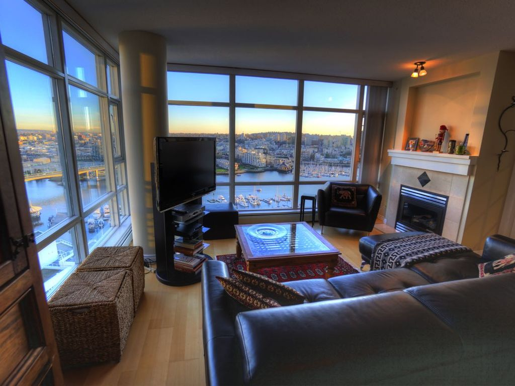 28th floor waterfront 2 bedroom with stunning vrbo for 100 floors 28th floor
