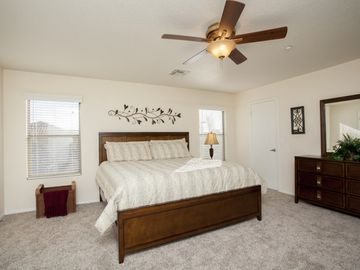 Master bedroom - brand new king-size pillowtop bed