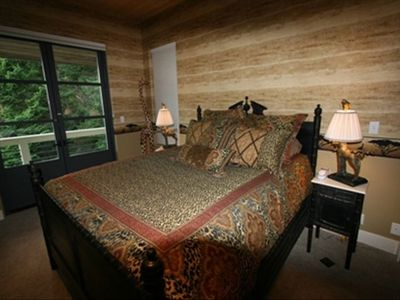 Deer Harbor estate rental - #4 Bedroom Guest House Queen size bed