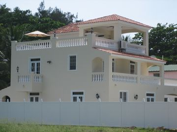 Rincon villa rental - Side View