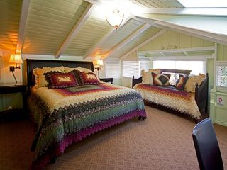 Carmel cottage photo - Upstairs bedroom with a king and a twin bed.