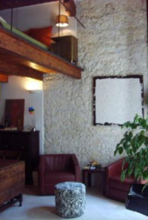 Air-conditioned accommodation, 40 square meters, close to the beach