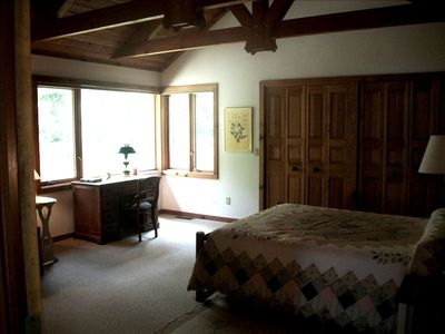 Lake Leelanau cottage rental - Master Bedroom with private bath and truss ceiling