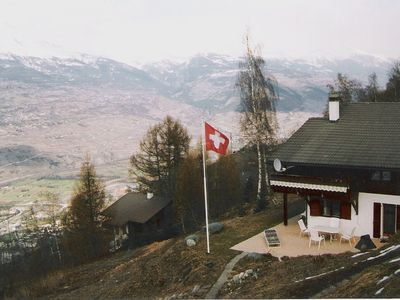 6 persons, comfortable, splendid view, ski and hiking area