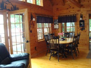 Lunenburg cabin photo - Dining area, seating for 6
