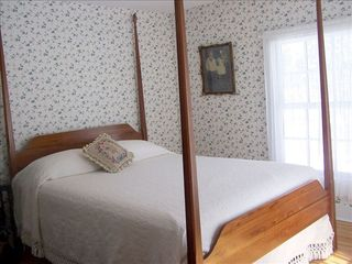 Saugatuck / Douglas house photo - Edythe's room