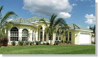 The villa stands in a quiet, pretty residential area of ​​Cape Coral
