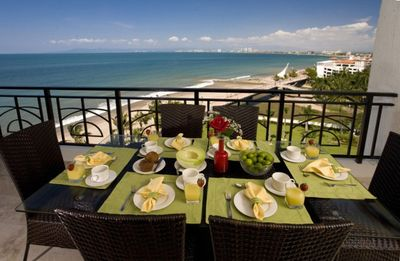 Balcony Dining for 6 - Views to Old Town and Nuevo Vallarta