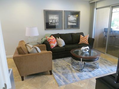 Palm Springs Condo Rental: New Contemporary King! Lavish Lifestyle ...