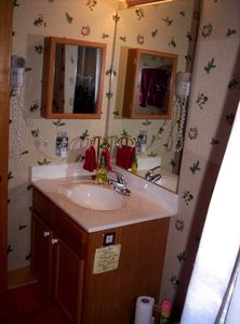 Upstair bath,hair dryer,medicine cabinet