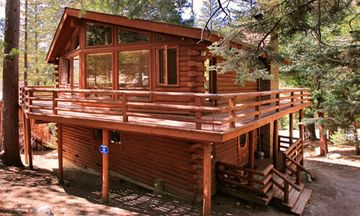Idyllwild cabin rental - Tahquitz Rock Lodge near Humber Park