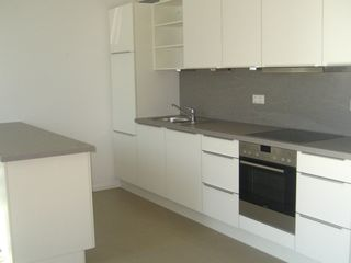 Munich apartment photo - Modern kitchen - Dish washer & Oven