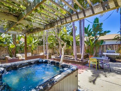 Private Beach Home w/ Jacuzzi, BBQ, Enclosed Front Patio!