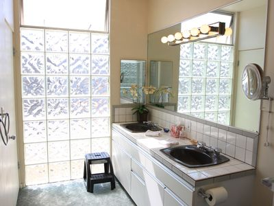 Master Bathroom Sinks and Beautiful Custom Glass Inlay!