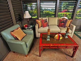 Kaanapali cottage photo - Sitting Area includes sleeper sofa with queen bed.
