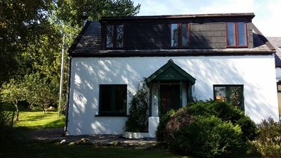 Irish Cottages for 4 and 6 people The Ring Of Kerry between mountain and sea