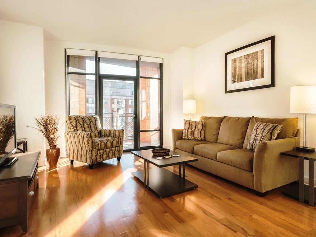 Washington DC 2 Bedroom 2 Bath Luxury HomeAway Downtown Washington DC