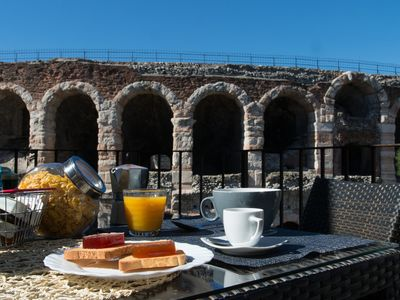 A terrace on the Arena in the heart of Verona