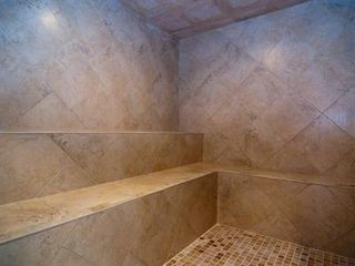 Cocoa Beach condo photo - Try out the new steam room!