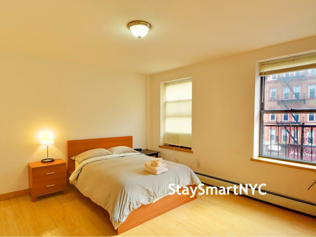 Just what you need for a great time in nyc homeaway for What you need in a bedroom