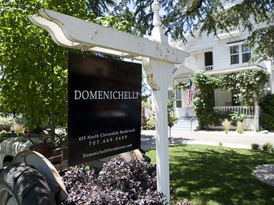 Domenichelli Farmhouse-Downtown Cloverdale