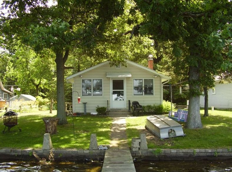 home for rent on cobert lake edwardsburg vrbo For10 Bedroom Vacation Rentals In Michigan