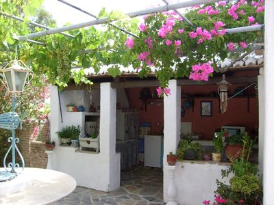 Unique apartment, romantic retreat for couples just 50meters from the Beach.