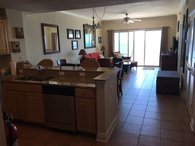 GREAT CONDO ON THE BEACH in Gulf Shores AL