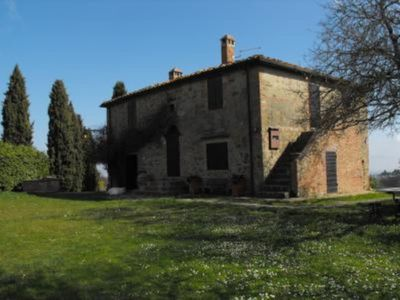Among the hills of Chianti, between the countryside and cities. Manor house for your use esclusivoDimora typical