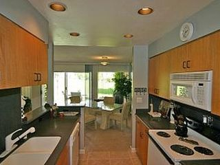 Rancho Mirage condo photo - Fully equipped kitchen