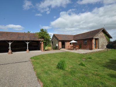 Barn in Hereford - 36528 Short Breaks Available! – Please Enquire Now!