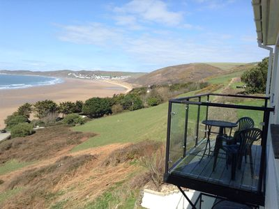 FANTASTIC SEAFRONT APT. with heated indoor pool and balcony, on the Devon Coast