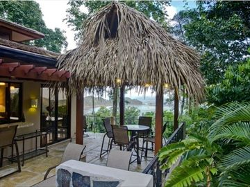 Dominical house rental - The villa is perfectly perched in a gorgeous jungle setting.