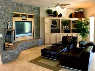 Palm Springs house photo - Living room with HDTV