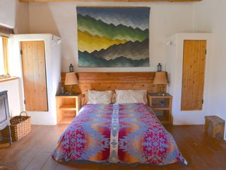 Santa Fe house photo - Queen bed and closets