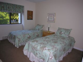 Brewster Ocean Edge Resort condo photo - Guest Bedroom