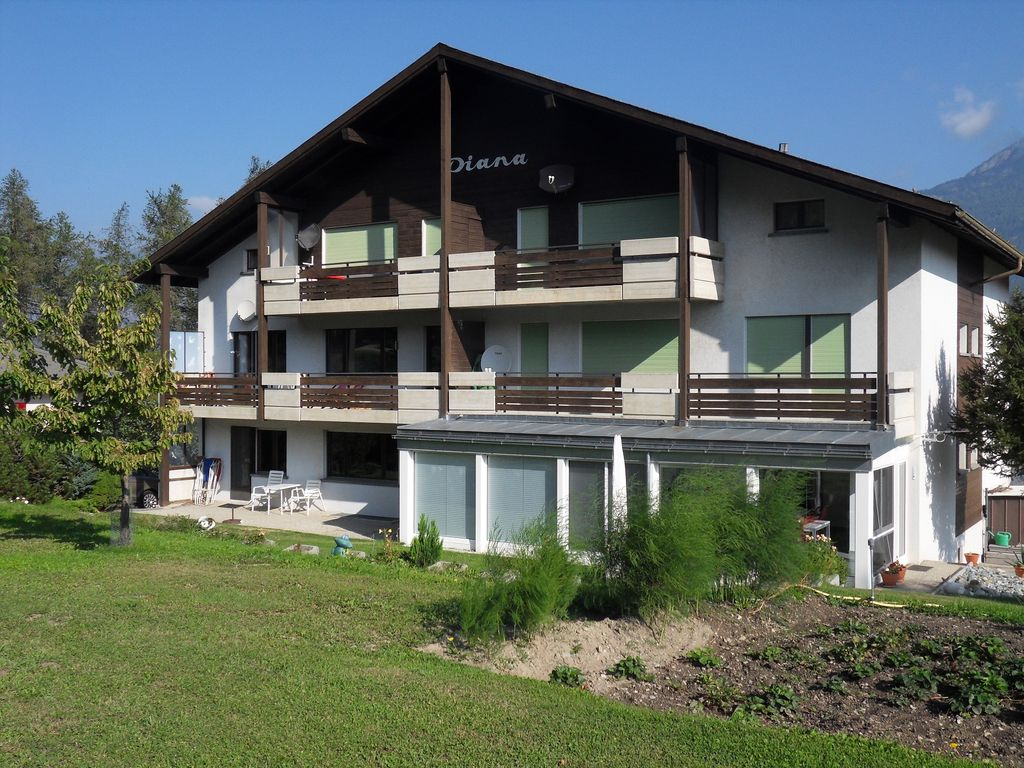 Peaceful accommodation, 100 square meters, recommended by travellers !