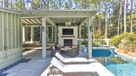 PRIVATE HEATED POOL/SPA ~ OUTDOOR KITCHEN & FIREPLACE ~ FAMILY OASIS!!!